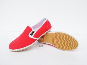 รองเท้าผ้าเพื่อสุขภาพ พื้นยางพาารา นุ่ม ปลอดภัย ใส่ได้ทุกวัย