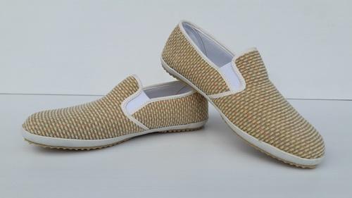healthshoes-s142-wovenSG2